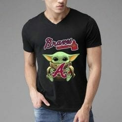 MLB Atlanta Braves T-Shirt Baby Yoda Hug