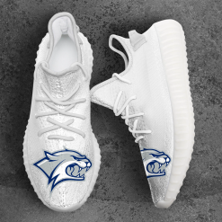 NCAA New Hampshire Wildcats Yeezy Boost White Sneakers V4